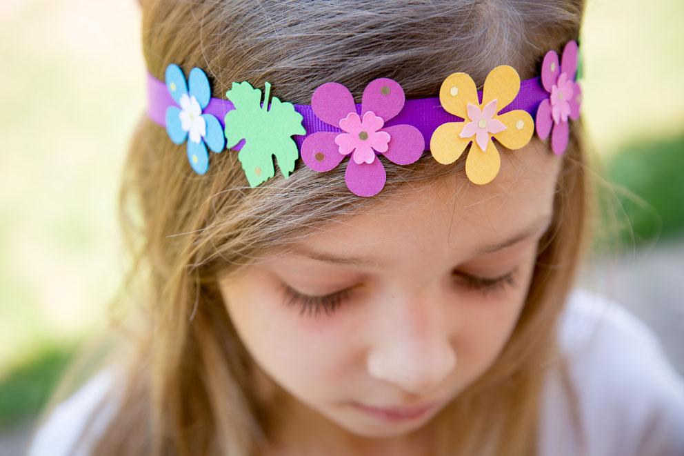DIY enfant – couronne fleurie papier